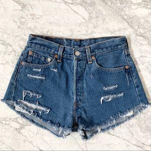Levi's 501 High Waisted Cut Off Denim Shorts Sz 28